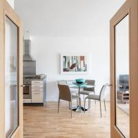 Heart of Oxford Castle Sleeps 4 New Apartment