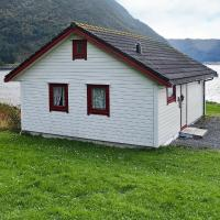 Three-Bedroom Holiday home in Selje 2 </h2 </a <div class=sr-card__item sr-card__item--badges <div style=padding: 2px 0    </div </div <div class=sr-card__item   data-ga-track=click data-ga-category=SR Card Click data-ga-action=Hotel location data-ga-label=book_window:  day(s)  <svg alt=宿泊施設の場所 class=bk-icon -iconset-geo_pin sr_svg__card_icon height=12 width=12<use xlink:href=#icon-iconset-geo_pin</use</svg <div class= sr-card__item__content   <strong class='sr-card__item--strong'Selje</strong •  Gulestein から <span 450 m </span   </div </div </div </div </div </li <div data-et-view=cJaQWPWNEQEDSVWe:1</div <li id=hotel_4926001 data-is-in-favourites=0 data-hotel-id='4926001' class=sr-card sr-card--arrow bui-card bui-u-bleed@small js-sr-card m_sr_info_icons card-halved card-halved--active   <div data-href=/hotel/no/holiday-home-selje-ii.ja.html onclick=window.open(this.getAttribute('data-href')); target=_blank class=sr-card__row bui-card__content data-et-click=  <div class=sr-card__image js-sr_simple_card_hotel_image has-debolded-deal js-lazy-image sr-card__image--lazy data-src=https://r-cf.bstatic.com/xdata/images/hotel/square200/224095431.jpg?k=9dc327aaaf483beed02822a5848fe6a1a3ed777f984c52379f30c4a3cf38d27f&o=&s=1,https://r-cf.bstatic.com/xdata/images/hotel/max1024x768/224095431.jpg?k=b8d69ec0cdc0ad04a1b44ad645a5218debe27278adc46081b82a51205b6a0d8f&o=&s=1  <div class=sr-card__image-inner css-loading-hidden </div <noscript <div class=sr-card__image--nojs style=background-image: url('https://r-cf.bstatic.com/xdata/images/hotel/square200/224095431.jpg?k=9dc327aaaf483beed02822a5848fe6a1a3ed777f984c52379f30c4a3cf38d27f&o=&s=1')</div </noscript </div <div class=sr-card__details data-et-click=     data-et-view=  <div class=sr-card_details__inner <a href=/hotel/no/holiday-home-selje-ii.ja.html onclick=event.stopPropagation(); target=_blank <h2 class=sr-card__name u-margin:0 u-padding:0 data-ga-track=click data-ga-category=SR Card Click data-ga-action=Hotel name data-ga-labe
