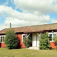 Two-Bedroom Holiday home in Strängnäs