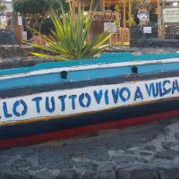 Vulcano Beach
