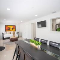 Newly Renovated Miami Springs Family Home Mins. From Beaches