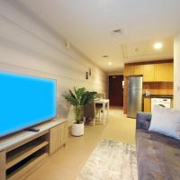 Signature Holiday Homes - Stunning 1 Bedroom Apartment In Business Bay Lake View, Dubai