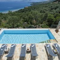 Alimos Villa Sleeps 8 Pool Air Con WiFi