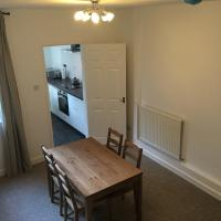 CV213SG: Whole 2 Bedroom mid terrace house Near Rugby Station