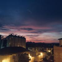 Sunny Apartment with balcony in center of Granada