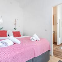 Bright apartment for families in quiet area