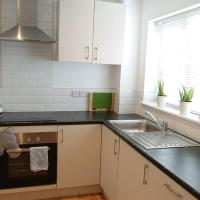 Private use of 2 bedroom house in quiet area with garden close to Milton Keynes train station
