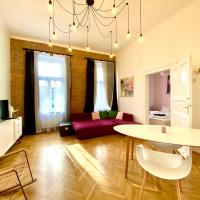 Wonderful and cozy apartment near to railway station in downtown