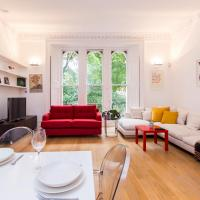 Kensington Gardens · Unique and Light Apartment, Bayswater