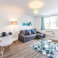 Modern 2 Bedroom Greenwich Apartment by SYLQ Living