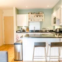 Lovely 1BR Home in Farringdon by GuestReady