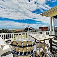 New Listing! Spacious Beach Home W/ Tiki Room Home