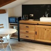 Attic one bedroom flat in Old Town Lyon