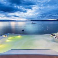 The Oceanfront - Superior Villa
