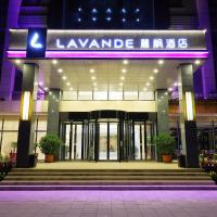 "Lavande Hotel (Chengde Mountain Resort Waiba Temple) </h2 </a <div class=sr-card__item sr-card__item--badges <div class= sr-card__badge sr-card__badge--class u-margin:0  data-ga-track=click data-ga-category=SR Card Click data-ga-action=Hotel rating data-ga-label=book_window:  day(s)  <span class=bh-quality-bars bh-quality-bars--small   <svg class=bk-icon -iconset-square_rating fill=#FEBB02 height=12 width=12<use xlink:href=#icon-iconset-square_rating</use</svg<svg class=bk-icon -iconset-square_rating fill=#FEBB02 height=12 width=12<use xlink:href=#icon-iconset-square_rating</use</svg<svg class=bk-icon -iconset-square_rating fill=#FEBB02 height=12 width=12<use xlink:href=#icon-iconset-square_rating</use</svg<svg class=bk-icon -iconset-square_rating fill=#FEBB02 height=12 width=12<use xlink:href=#icon-iconset-square_rating</use</svg </span </div   <div class=sr-card__item__review-score style=padding: 8px 0    </div </div <div data-component=deals-container data-deals="""" data-layout=horizontal data-max-elements=3 data-no-tooltips=1 data-use-drawer= data-prevent-propagation=0 class=c-deals-container   <div class=c-deals-container__inner-box    </div </div <div class=sr-card__item   data-ga-track=click data-ga-category=SR Card Click data-ga-action=Hotel location data-ga-label=book_window:  day(s)  <svg aria-hidden=true class=bk-icon -streamline-geo_pin sr_svg__card_icon focusable=false height=12 role=presentation width=12<use xlink:href=#icon-streamline-geo_pin</use</svg <div class= sr-card__item__content   <span data-et-view=HZUGOQQBSXVVFEfVafFRWe:1 HZUGOQQBSXVVFEfVafFRWe:6</span <strong class='sr-card__item--strong' Chengde </strong • <span 18 km </span  van Gaositai </div </div </div </div </div </li <li class=bui-card bui-u-bleed@small bh-quality-sr-explanation-card <div class=bh-quality-sr-explanation  <span class=bh-quality-bars bh-quality-bars--small   <svg class=bk-icon -iconset-square_rating fill=#FEBB02 height=12 width=12<use xlink:href=#icon-iconset-square_rating</use</svg<svg class=bk-icon -iconset-square_rating fill=#FEBB02 height=12 width=12<use xlink:href=#icon-iconset-square_rating</use</svg<svg class=bk-icon -iconset-square_rating fill=#FEBB02 height=12 width=12<use xlink:href=#icon-iconset-square_rating</use</svg<svg class=bk-icon -iconset-square_rating fill=#FEBB02 height=12 width=12<use xlink:href=#icon-iconset-square_rating</use</svg </span Een nieuwe kwaliteitsclassificatie van Booking.com voor appartementen en thuisaccommodaties. <button type=button class=bui-link bui-link--primary aria-label=Open Modal data-modal-id=bh_quality_learn_more data-bui-component=Modal data-et-click=customGoal:NAFLeNIJWPHDDHUSeZRBUfFAeFaMEAbbMVaXT:1  <span class=bui-button__textMeer info</span </button </div <template id=bh_quality_learn_more <header class=bui-modal__header <h1 class=bui-modal__title id=myModal-title data-bui-ref=modal-title kwaliteitsclassificaties </h1 </header <div class=bui-modal__body bui-modal__body--primary bh-quality-modal <h3 class=bh-quality-modal__heading <span class=bh-quality-bars bh-quality-bars--small   <svg class=bk-icon -iconset-square_rating fill=#FEBB02 height=12 width=12<use xlink:href=#icon-iconset-square_rating</use</svg<svg class=bk-icon -iconset-square_rating fill=#FEBB02 height=12 width=12<use xlink:href=#icon-iconset-square_rating</use</svg<svg class=bk-icon -iconset-square_rating fill=#FEBB02 height=12 width=12<use xlink:href=#icon-iconset-square_rating</use</svg<svg class=bk-icon -iconset-square_rating fill=#FEBB02 height=12 width=12<use xlink:href=#icon-iconset-square_rating</use</svg<svg class=bk-icon -iconset-square_rating fill=#FEBB02 height=12 width=12<use xlink:href=#icon-iconset-square_rating</use</svg </span"