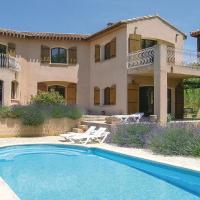 Nice home in Paraza w/ Outdoor swimming pool, WiFi and 3 Bedrooms