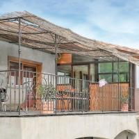 Beautiful home in Valensole w/ WiFi and 3 Bedrooms