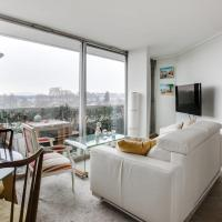 Top floor apartment with patio and exceptional views