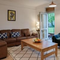 Bright Two Bedroom Ground Floor Apartment