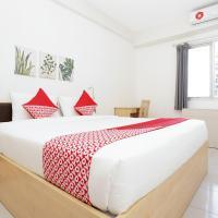 OYO Flagship 910 Apartemen Menara Rungkut