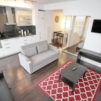 LUXURY! DT Toronto+CN Tower View! W/ Parking Walk Score 99
