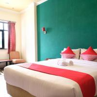 OYO 515 Oasis Hotel </h2 </a <div class=sr-card__item sr-card__item--badges <div class= sr-card__badge sr-card__badge--class u-margin:0  data-ga-track=click data-ga-category=SR Card Click data-ga-action=Hotel rating data-ga-label=book_window:  day(s)  <i class= bk-icon-wrapper bk-icon-stars star_track  title=2 bintang  <svg aria-hidden=true class=bk-icon -sprite-ratings_stars_2 focusable=false height=10 width=21<use xlink:href=#icon-sprite-ratings_stars_2</use</svg                     <span class=invisible_spoken2 bintang</span </i </div   <div style=padding: 2px 0    </div </div <div class=sr-card__item   data-ga-track=click data-ga-category=SR Card Click data-ga-action=Hotel location data-ga-label=book_window:  day(s)  <svg aria-hidden=true class=bk-icon -iconset-geo_pin sr_svg__card_icon focusable=false height=12 role=presentation width=12<use xlink:href=#icon-iconset-geo_pin</use</svg <div class= sr-card__item__content   Manggar • <span 1,7 km </span  dari pusat kota </div </div </div </div </div </li </ol </div <div data-block=pagination </div </div<div class=u-clearfix</div <div data-block=refine_search </div <div data-block=fuzzy_carousel </div <div id=acid_bottom</div <script if( window.performance && performance.measure && 'b-fold') { performance.measure('b-fold'); } </script  <script (function () { if (typeof EventTarget !== 'undefined') { if (typeof EventTarget.prototype.dispatchEvent === 'undefined' && typeof EventTarget.prototype.fireEvent === 'function') { EventTarget.prototype.dispatchEvent = EventTarget.prototype.fireEvent; } } if (typeof window.CustomEvent !== 'function') { // Mobile IE has CustomEvent implemented as Object, this fixes it. var CustomEvent = function(event, params) { var evt; params = params || {bubbles: false, cancelable: false, detail: undefined}; try { evt = document.createEvent('CustomEvent'); evt.initCustomEvent(event, params.bubbles, params.cancelable, params.detail); } catch (error) { // fallback for browsers that don't support createEvent('CustomEvent') evt = document.createEvent(Event); for (var param in params) { evt[param] = params[param]; } evt.initEvent(event, params.bubbles, params.cancelable); } return evt; }; CustomEvent.prototype = window.Event.prototype; window.CustomEvent = CustomEvent; } if (!Element.prototype.matches) { Element.prototype.matches = Element.prototype.matchesSelector || Element.prototype.msMatchesSelector || Element.prototype.oMatchesSelector || Element.prototype.webkitMatchesSelector; } if (!Element.prototype.closest) { Element.prototype.closest = function(s) { var el = this; if (!document.documentElement.contains(el)) return null; do { if (el.matches(s)) return el; el = el.parentElement || el.parentNode; } while (el !== null && el.nodeType === 1); return null; }; } }()); (function(){ var searchboxEl = document.querySelector('.js-searchbox_redesign'); if (!searchboxEl) return; var groupChildren = searchboxEl.querySelector('[name=group_children]'); var childAgesEl = searchboxEl.querySelector('.js-child-ages'); var childAgesLabelEl = searchboxEl.querySelector('.js-child-ages-label'); var ageOptionHTML; var childrenNo; function showChildrenAges() { childAgesEl.style.display = 'block'; childAgesLabelEl.style.display = 'block'; } function hideChildrenAges() { childAgesEl.style.display = 'none'; childAgesLabelEl.style.display = 'none'; } function onGroupChildenChange(e) { var newValue = parseInt(e.target.value); if (newValue  childrenNo) { for (var i = newValue; i  childrenNo; i--) { childAgesEl.insertAdjacentHTML('beforeend', ageOptionHTML); } } else { var els = childAgesEl.querySelectorAll('.js-age-option-container'); for (var i = els.length - 1; i = 0; i--) { if (i = newValue) { var el = els[i]; if (el.parentNode !== null) { el.parentNode.removeChild(el); } } } } if (newValue == 0 && childrenNo  0) { hideChildrenAges(); } if (newValue  0 && childrenNo == 0) { showChildrenAges(); } childrenNo = newValue; } if (groupChildren) { groupChildren.disabled = false; childrenNo = parseInt(groupChildren.value); if (childrenNo  0) { showChildrenAges(); } ageOptionHTML = document.querySelector('#sb-age-option-container').innerHTML; groupChildren.addEventListener('change', onGroupChildenChange); document.addEventListener('cp:sb-group-children-ready', function() { groupChildren.removeEventListener('change', onGroupChildenChange); }); } }()); </script <div class=css-loading-hidden m_lp_below_fold_container <div data-et-view=cQDJGHYHSddRdJcUO:2</div <div data-et-view=OLBdHXWHPEAHJeKe:1</div <div id=sr_nearby_destinations data-component=sr_lazy_load_nearby_destinations </div <div data-block=sr_m_low_av_dates </div </div </div </div <div class= tabbed-nav--content tabbed-nav--content__search tabbed-nav--content__search-with-tabs  data-tab-id=search id=tabbed_search role=dialog aria-label=Cari aria-describedby=tabbed_nav_search_description aria-modal=true aria-expanded=false tabindex=0  <span class=bui-u-sr-only id=tabbed_nav_search_descriptionDestinasi, akomodasi, bahkan alamat</span <div class= sb__tabs js-sb__tabs <div class= sb__tabs__item js-sb__tabs__item active data-id=sb_hotels  <form id=form_search_location class=js-searchbox_redesign searchbox_redesign searchbox_redesign--iphone searchForm searchbox_fullwidth placeholder_clear b-no-tap-highlight name=frm action=/searchresults.id.html method=get data-component=searchbox/destination/near-me  <input type=hidden value=searchresults name=src <input type=hidden name=rows value=20 / <input type=hidden name=error_url value=https://www.booking.com/index.id.html; / <input type=hidden name=label value=gen000nr-10CAQoggJCDWNpdHlfLTI2ODY2OTlIElgEaGiIAQKYATO4AQXIAQ3YAQPoAQH4AQGIAgGoAgG4AoqPm_EFwAIB / <input type=hidden name=lang value=id / <input type=hidden name=sb value=1 <div class=destination-bar <div id=searchbox_tab <div id=input_destination_wrap <input type=hidden name=city value=-2686699 / <input type=hidden name=ssne value=Manggar / <input type=hidden name=ssne_untouched value=Manggar / <div class=searchbox_input_with_suggestion ui-autocomplete-root <div class=dest-input--with-icons <svg aria-hidden=true class=bk-icon -fonticon-search bk-icon--search sr-svg--header_icon_search focusable=false height=14 role=presentation width=15<use xlink:href=#icon-fonticon-search</use</svg <input type=search id=input_destination name=ss spellcheck=false autocapitalize=off autocorrect=off autocomplete=off class= input_destination js-input_dest has_placeholder input_clear_button_input aria-label=Masukkan tujuan Anda di sini value=Manggar  <button class=input_clear_button type=button  <svg class=bk-icon -fonticon-aclose bk-icon--aclose sr-svg--header_icon_aclose height=12 width=14<use xlink:href=#icon-fonticon-aclose</use</svg </button </div </div </div <div id=location_loading style=display: none  class= <img id=loading_icon src=https://r-cf.bstatic.com/mobile/images/hotelMarkerImgLoader/211f81a092a43bf96fc2a7b1dff37e5bc08fbbbf.gif alt=Loading your location / Mencari lokasi saat ini </div <div id=location_found style=display: none  <div id=location_found_text Di sekitar lokasi saat ini </div </div </div </div <fieldset class= searchbox_cals dualcal searchbox_cals_nojs   data-checkin= data-checkout=  <script type=text/html class=js-cal-inputs <input type=hidden name=checkin_monthday value=21 / <input type=hidden name=checkin_year_month value=2020-1 / <input type=hidden name=checkout_monthday value=22 / <input type=hidden name=checkout_year_month value=2020-1 / </script <div class=searchbox_cals_container <div id=ci_date class= bar b-no-tap-highlight js-searchbox__input dualcal__checkin  data-action=toggle data-clicked-before-ready=0 data-cal=checkin  <div class=bar--container <label class=dual_cal_label id=checkin_date_a11y Tanggal check-in </label <div id=ci_date_field <span id=ci_date_text class=m_cal_date_string js-loading-invisible data-checkin-text Sel, 21 Jan 2020 </span </div <svg class=bk-icon -fonticon-checkin searchbox-icon color=currentColor fill=currentColor height=24 width=24<use xlink:href=#icon-fonticon-checkin</use</svg </div <div id=searchBoxLoaderDateCheckIn class=searchbox-before-ready-loading <div class=pure-css-spinner</div </div <select name=checkin_monthday class=js-cal-nojs-input  <option value=Hari</option <option value=1 1</option <option value=2 2</option <option value=3 3</option <option value=4 4</option <option value=5 5</option <option value=6 6</option <option value=7 7</option <option value=8 8</option <option value=9 9</option <option value=10 10</option <option value=11 11</option <option value=12 12</option <option value=13 13</option <option value=14 14</option <option value=15 15</option <option value=16 16</option <option value=17 17</option <option value=18 18</option <option value=19 19</option <option value=20 20</option <option value=21 selected=selected 21</option <option value=22 22</option <option value=23 23</option <option value=24 24</option <option value=25 25</option <option value=26 26</option <option value=27 27</option <option value=28 28</option <option value=29 29</option <option value=30 30</option <option value=31 31</option </select <select name=checkin_year_month class=js-cal-nojs-input  <option value=Bulan</option <option value=2020-1 selected=selected  Januari 2020 </option <option value=2020-2  Februari 2020 </option <option value=2020-3  Maret 2020 </option <option value=2020-4  April 2020 </option <option value=2020-5  Mei 2020 </option <option value=2020-6  Juni 2020 </option <option value=2020-7  Juli 2020 </option <option value=2020-8  Agustus 2020 </option <option value=2020-9  September 2020 </option <option value=2020-10  Oktober 2020 </option <option value=2020-11  November 2020 </option <option value=2020-12  Desember 2020 </option <option value=2021-1  Januari 2021 </option </select <input type=hidden disabled id=ci_date_input name=checkin value=2020-01-21 / </div <div id=co_date class= bar b-no-tap-highlight js-searchbox__input dualcal__checkout  data-action=toggle data-clicked-before-ready=0 data-cal=checkout  <div class=bar--container <label class=dual_cal_label id=checkout_date_a11y Tanggal check-out </label <div id=co_date_field <span id=co_date_text class=m_cal_date_string js-loading-invisible data-checkout-text Rab, 22 Jan 2020 </span </div <svg class=bk-icon -fonticon-checkin searchbox-icon color=currentColor fill=currentColor height=24 width=24<use xlink:href=#icon-fonticon-checkin</use</svg <div id=searchBoxLoaderDateCheckOut class=searchbox-before-ready-loading <div class=pure-css-spinner</div </div </div <select name=checkout_monthday class=js-cal-nojs-input  <option value=Hari</option <option value=1 1</option <option value=2 2</option <option value=3 3</option <option value=4 4</option <option value=5 5</option <option value=6 6</option <option value=7 7</option <option value=8 8</option <option value=9 9</option <option value=10 10</option <option value=11 11</option <option value=12 12</option <option value=13 13</option <option value=14 14</option <option value=15 15</option <option value=16 16</option <option value=17 17</option <option value=18 18</option <option value=19 19</option <option value=20 20</option <option value=21 21</option <option value=22 selected=selected 22</option <option value=23 23</option <option value=24 24</option <option value=25 25</option <option value=26 26</option <option value=27 27</option <option value=28 28</option <option value=29 29</option <option value=30 30</option <option value=31 31</option </select <select name=checkout_year_month class=js-cal-nojs-input  <option value=Bulan</option <option value=2020-1 selected=selected  Januari 2020 </option <option value=2020-2  Februari 2020 </option <option value=2020-3  Maret 2020 </option <option value=2020-4  April 2020 </option <option value=2020-5  Mei 2020 </option <option value=2020-6  Juni 2020 </option <option value=2020-7  Juli 2020 </option <option value=2020-8  Agustus 2020 </option <option value=2020-9  September 2020 </option <option value=2020-10  Oktober 2020 </option <option value=2020-11  November 2020 </option <option value=2020-12  Desember 2020 </option <option value=2021-1  Januari 2021 </option </select <input type=hidden id=co_date_input disabled name=checkout value=2020-01-22 / </div </div <div class=dualcal-pikaday pikaday-checkin checkInCal css-loading-hidden pikaday-highlighted-weekends  </div <div class=dualcal-pikaday pikaday-checkout checkOutCal css-loading-hidden pikaday-highlighted-weekends  </div </fieldset <input class=js-first-room-param-setup type=hidden name=room1 value=A,A disabled / <input class=pageshow-anchor type=hidden autocomplete=on value= <fieldset class=group_search group_options js-searchbox__input b-no-tap-highlight  <label class=group_options_label   <span class=group_options_label--text Dewasa</span <select class=group_adults name=group_adults  <optgroup <option value=11</option <option value=2 selected=selected2</option <option value=33</option <option value=44</option <option value=55</option <option value=66</option <option value=77</option <option value=88</option <option value=99</option <option value=1010</option <option value=1111</option <option value=1212</option <option value=1313</option <option value=1414</option <option value=1515</option <option value=1616</option <option value=1717</option <option value=1818</option <option value=1919</option <option value=2020</option <option value=2121</option <option value=2222</option <option value=2323</option <option value=2424</option <option value=2525</option <option value=2626</option <option value=2727</option <option value=2828</option <option value=2929</option <option value=3030</option </optgroup </select </label <label class=group_options_label <span class=group_options_label--text Anak-anak </span <select name=group_children class=group_children  <optgroup <option value=0 selected=selected0</option <option value=11</option <option value=22</option <option value=33</option <option value=44</option <option value=55</option <option value=66</option <option value=77</option <option value=88</option <option value=99</option <option value=1010</option </optgroup </select </label <label class=group_options_label js-sr-rooms-selector group_options_label_last<span class=group_options_label--textKamar</span<select class=group_rooms name=no_rooms<optgroup<option  value=11</option<option  value=22</option<option  value=33</option<option  value=44</option<option  value=55</option<option  value=66</option<option  value=77</option<option  value=88</option<option  value=99</option<option  value=1010</option<option  value=1111</option<option  value=1212</option<option  value=1313</option<option  value=1414</option<option  value=1515</option<option  value=1616</option<option  value=1717</option<option  value=1818</option<option  value=1919</option<option  value=2020</option<option  value=2121</option<option  value=2222</option<option  value=2323</option<option  value=2424</option<option  value=2525</option<option  value=2626</option<option  value=2727</option<option  value=2828</option<option  value=2929</option<option  value=3030</option</optgroup</select</label <label class=child_ages_label js-child-ages-label Usia anak saat check-out </label <div class=clx child_ages js-child-ages </div </fieldset <input type=hidden name=search_form_id value=2d88444565fb00e4 <fieldset class=searchbox_purpose searchbox_purpose__radios data-component=searchbox/travel-purpose/hint <div class=searchbox--radio-group <div class=searchbox--radio-group--label js-travel-purpose-label aria-describedby=searchbox--radio-group--hintbox-text tabindex=0 role=radiogroup <span class=searchbox--radio-group--text Pergi untuk keperluan pekerjaan? </span <svg aria-hidden=true class=bk-icon -fonticon-questionmarkcircle searchbox--radio-group--hintmark css-loading-hidden focusable=false height=16 role=presentation width=16<use xlink:href=#icon-fonticon-questionmarkcircle</use</svg </div <div class=searchbox--radio-group--hintbox css-loading-hidden <span class=searchbox--radio-group--hintbox-text id=searchbox--radio-group--hintbox-text Apabila Anda bepergian untuk urusan bisnis, kami akan menyortir fitur travel bisnis di bagian paling atas menu filter sehingga Anda dapat menemukannya dengan cepat. </span </div <label class=searchbox--radio-group--item searchbox--radio-group--item__business <input name=sb_travel_purpose type=radio class=searchbox--radio-group--input value=business role=radio aria-checked=false tabindex=0  <span class=searchbox--radio-group--text Ya </span </label <label class=searchbox--radio-group--item searchbox--radio-group--item__leisure <input name=sb_travel_purpose type=radio class=searchbox--radio-group--input value=leisure role=radio aria-checked=false tabindex=-1  <span class=searchbox--radio-group--text Tidak </span </label </div </fieldset <button id=submit_search class=primary_cta js_submit_search js-searchbox__input b-no-tap-highlight m_bigger_search_button type=submit title=Cari Hotel Cari </button </form <template id=sb-age-option-container <div class=age_option-container  js-age-option-container <select name=age class=age <optgroup <option value=0 selected  0 </option <option value=1  1 </option <option value=2  2 </option <option value=3  3 </option <option value=4  4 </option <option value=5  5 </option <option value=6  6 </option <option value=7  7 </option <option value=8  8 </option <option value=9  9 </option <option value=10  10 </option <option value=11  11 </option <option value=12  12 </option <option value=13  13 </option <option value=14  14 </option <option value=15  15 </option <option value=16  16 </option <option value=17  17 </option </optgroup </select </div </template </div </div <div class=bui-container <div class=bui-card bui-banner bui-u-bleed@small data-bui-component=Banner <span class=bui-banner__icon <svg class=bk-icon -streamline-person_half height=24 width=24<use xlink:href=#icon-streamline-person_half</use</svg </span <div class=bui-banner__content <h2 class=bui-banner__title u-padding-top:0 u-padding-left:0Dapatkan diskon untuk perjalanan Anda selanjutnya</h2 <p class=bui-banner__text id=index_login_banner_descLogin untuk dapat harga terbaik</p <a class=bui-link bui-link--primary bui-button bui-banner__button bui-button--secondary href=https://account.booking.com/auth/oauth2?client_id=vO1Kblk7xX9tUn2cpZLS&lang=id&redirect_uri=https%3A%2F%2Fsecure.booking.com%2Flogin.html%3Fop%3Doauth_return&state=UvQBO6HaOZBz4ZPpEr394AIwvek0Wk3BRUHD89Vhxdobvsz94I-Je7b4r91ctrryBRJdGP4_L4waBk8jLQ3_dH7glerIcZKaHrf24QnjY08Xv2wpFHX9fTH6irN80PbuAt8lI8c4fKHKCOdy2Rd_jXbIeCz0vnndEKrw4j3naShPoQPNxo9C79WWpDi2uCZY_sWm_WN4Ypk9dqxl4KB_nMRt3zmme91I_5vxegZ97n7rCqA5iTJRf-nT9Pp7XgTRu1qHa1K8vPRi3yxjovOqIgB_IhfErrZG7wDNGD8fp_-u3rtjXjWa8KTtVyQOp2KzAUO3_A_b9Q&response_type=code&dt=1579599754&aid=304142 <span class=bui-button__textLogin</span </a </div <button type=button class=bui-banner__close aria-label=Tutup title=Tutup aria-describedby=index_login_banner_desc data-bui-ref=banner-close <svg class=bk-icon -streamline-close height=24 width=24<use xlink:href=#icon-streamline-close</use</svg </button </div </div <div class=tabbed-nav--content__search--usps </div </div <div class=tabbed-nav--content tabbed-nav--content__signin data-tab-id=signin role=dialog aria-label=Login untuk pesan aria-modal=true aria-expanded=false data-async-content aria-live=polite id=tabbed_signin tabindex=0 <div class=tabbed-nav--loader</div <div class=async-signin-retry async-signin-retry__hidden <h3 class=async-signin-retry__headingAda yang salah. <brMohon coba lagi
