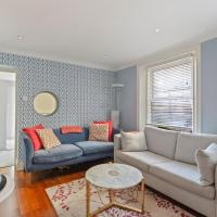 Bright 2 Bed Apartment with Terrace near Notting Hill
