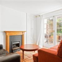 Spacious 4 Bed House w/Terrace nr Islington