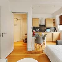 Modern 2-Bed flat, sleeps 6, in the heart of Soho