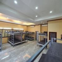We Hostel Khaolak