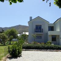 Nerf-af Cottage and ROOMS
