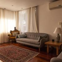 Bright And Spacious 2 Bedroom Apartment In Windsor