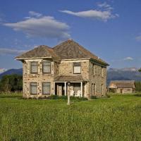 Historic Thextondale Homestead on the Madison
