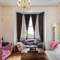 Spacious 2 Bed House, Sleeps 4 nr West Hampstead