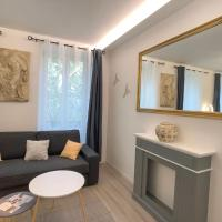Deluxe Design - City Center Cosy Apartments