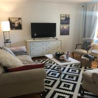 Quiet Heritage 3-BD in ByWard Market + Parking
