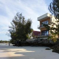 i Beachfront overhang