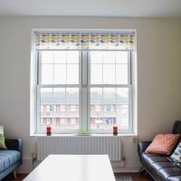Stylishly Decorated 3 Bedroom Flat With River Views