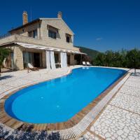 Chalikounas Villa Sleeps 8 Pool Air Con WiFi