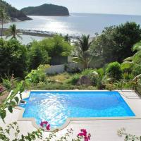 Quiet authentic Villa 4 bedroom with direct beach access