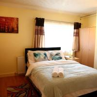 5mins to Hatfield Town Centre Cosy Comfort Home