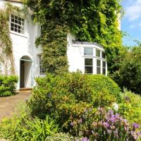 Idyllic 4-Bedroom 'Country Cottage' in Bristol