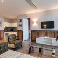Lovely Modern 2 Bedroom Amsterdam City Center Apartment, Sleeps 5, Ref. AMSA1055