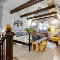 Incredible 2Br and 2Ba Loft in Heart of Prague with Amazing Views