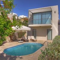 Geris Villa Sleeps 6 with Pool and Air Con