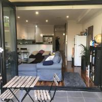 Modern house close to Sydneys vibrant Newtown area