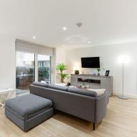 Stunning One Bed Apt with Balcony and Riverview in Greenwich