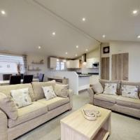 3 Bedroom luxury lodge, at 5* Patrington Haven Leisure Park