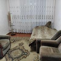 Apartment on ulitsa Kosmonavtov 8