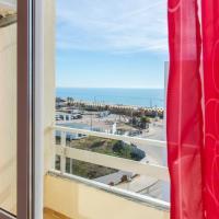 Apartamento com vista mar a 100 metros da praia
